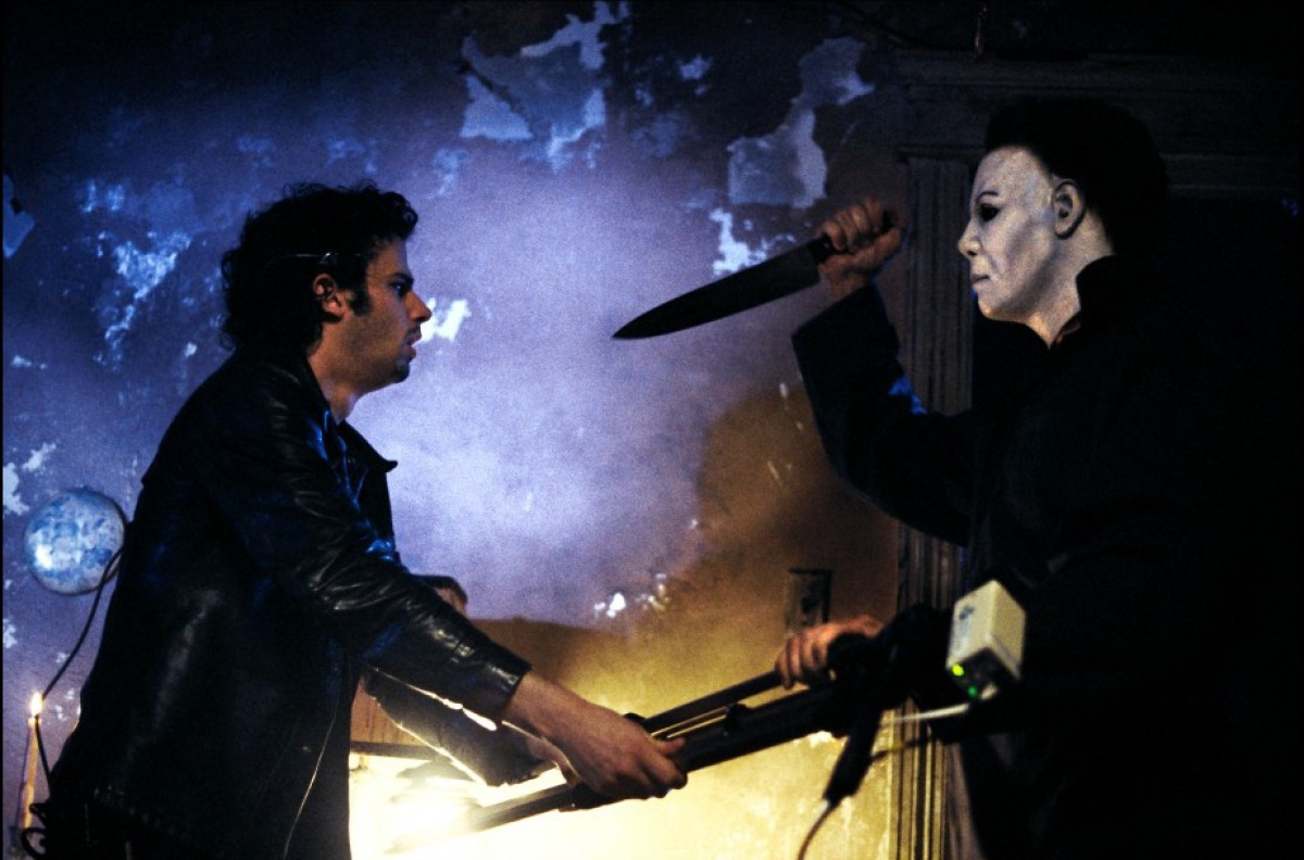 halloween: resurrection (2002) review – that was a bit mental