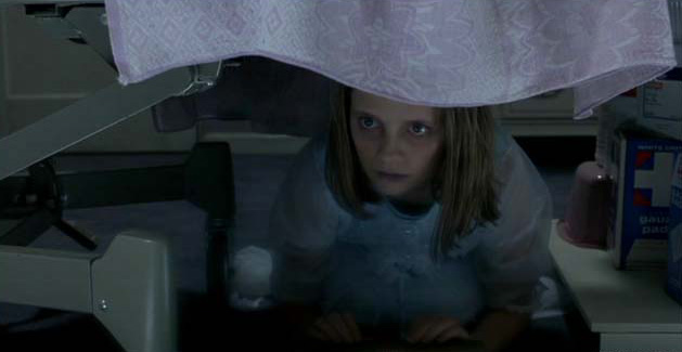 Mischa Barton in The Sixth Sense
