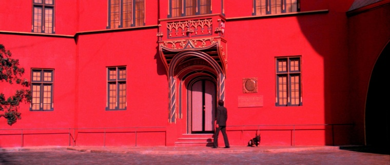 Director Dario Argento's surname is Italian for 'silver', but given his love of red in this film it's a shame he isn't called Dario Rosso