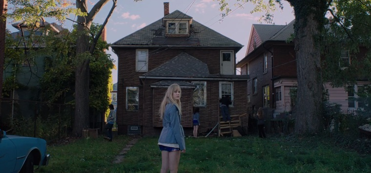It Follows featured pic